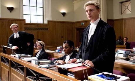 foto van drie juristen